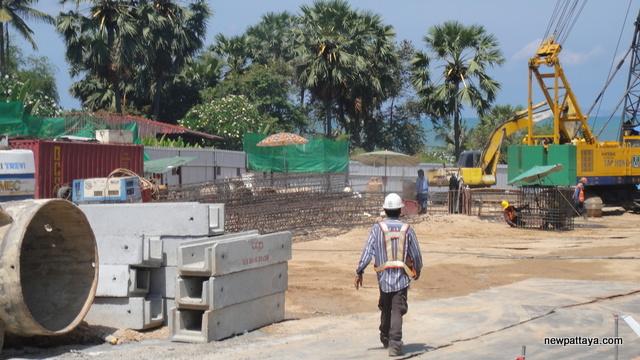 The Palm Wong Amat - 21 April 2012 - newpattaya.com