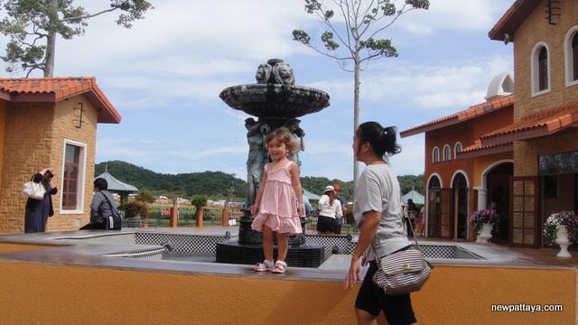 Silverlake Thailand - 10 September 2012 - newpattaya.com