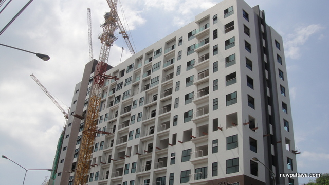 The Axis Condominium Pattaya - 29 October 2012 - newpattaya.com