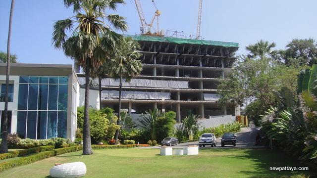 The Palm on Wong Amat Beach - 27 December 2012 - newpattaya.com