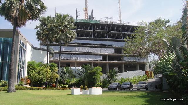 The Palm on Wong Amat Beach - 5 January 2013 - newpattaya.com