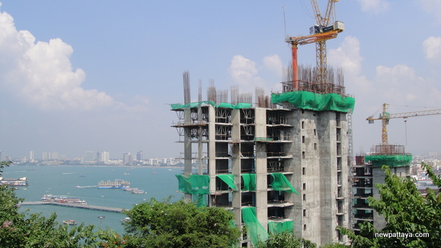 Waterfront Suites & Residences - 23 October 2013 - newpattaya.com