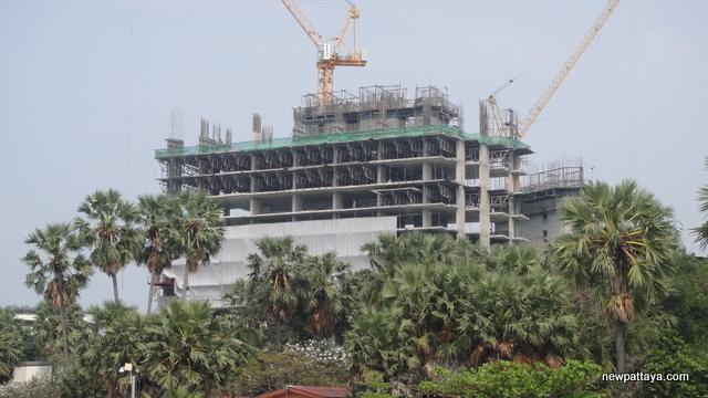 The Palm on Wong Amat Beach - 11 February 2013 - newpattaya.com