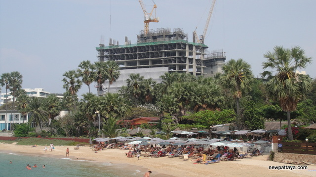 The Palm on Wong Amat Beach - 11 February 2013 - newpattaya.com
