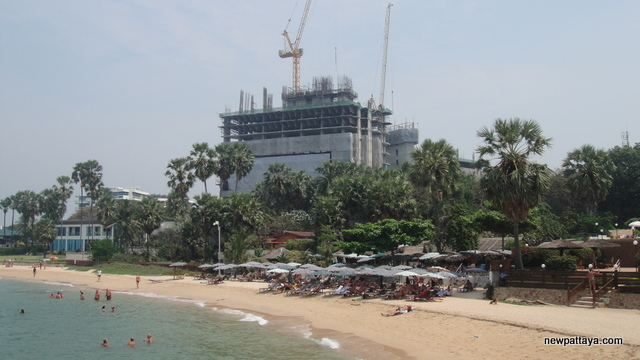 The Palm on Wong Amat Beach - 25 February 2013 - newpattaya.com
