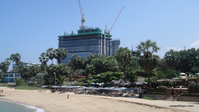 The Palm on Wong Amat Beach - 13 March 2013 - newpattaya.com
