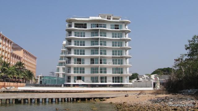 Beach Front Jomtien Residence - 26 December 2013 - newpattaya.com