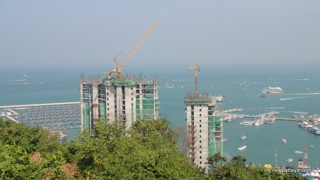 Waterfront Suites & Residences - 27 December 2013 - newpattaya.com