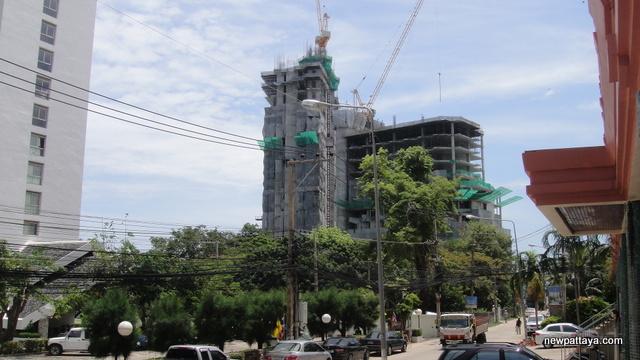 The Palm on Wong Amat Beach - 28 May 2013 - newpattaya.com