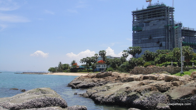 The Palm on Wong Amat Beach - 1 June 2013 - newpattaya.com