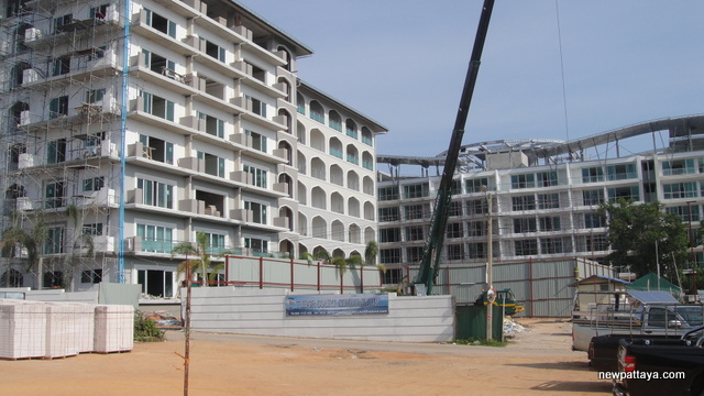 Tudor Court - 28 April 2012 - newpattaya.com