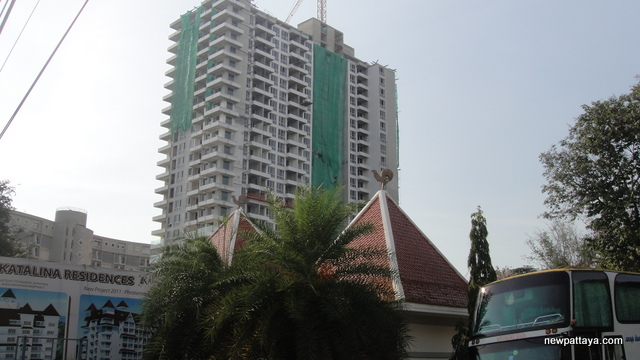 The Cliff Condominium - 28 April 2012 - newpattaya.com