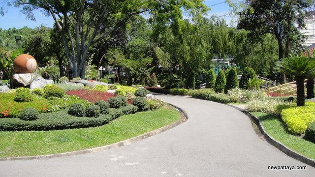 Laem Chabang Public Park - newpattaya.com