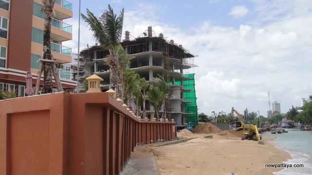 Beach Front Jomtien Residence - 12 June 2012 - newpattaya.com