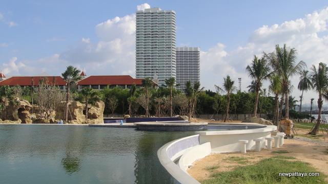 Mövenpick White Sand Beach Pattaya - 15 November 2014 - newpattaya.com