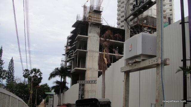 Wong Amat Tower - 28 June 2012 - newpattaya.com