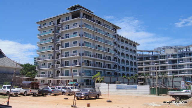 Tudor Court Condominium - 29 June 2012 - newpattaya.com