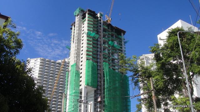 Wong Amat Tower - 28 June 2013 - newpattaya.com
