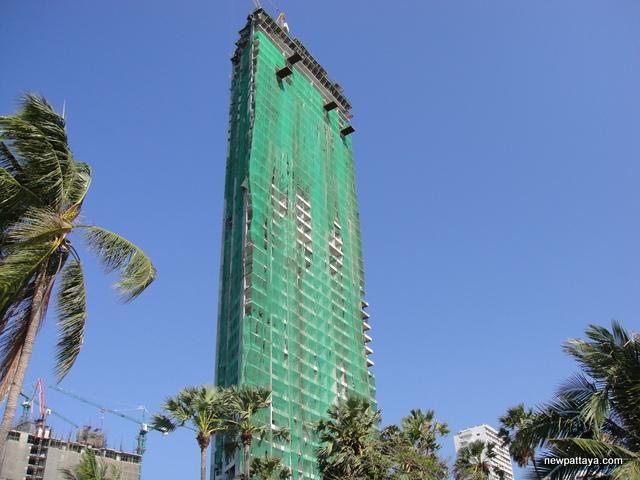 The Palm on Wong Amat Beach - 31 March 2014 - newpattaya.com