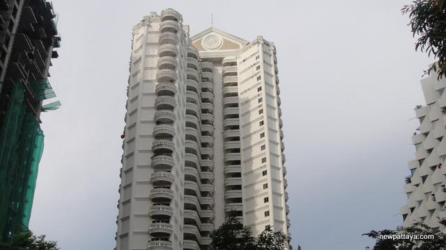Silver Beach Condominium - 26 November 2012 - newpattaya.com
