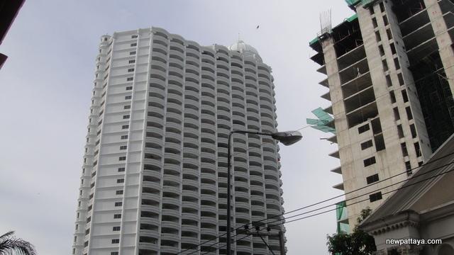Park Beach Condominium - 26 November 2012 - newpattaya.com