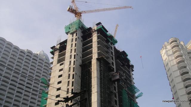 Wong Amat Tower - 3 December 2012 - newpattaya.com