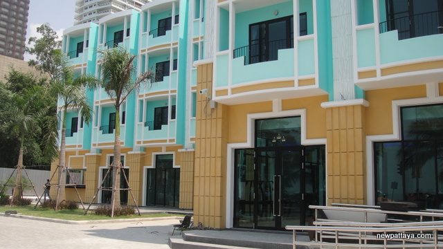 The Wave Hotel Pattaya - 10 March 2013 - newpattaya.com