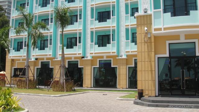 The Wave Hotel Pattaya - 28 May 2013 - newpattaya.com