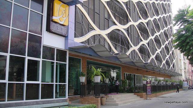 Curve Boutique Hotel - newpattaya.com