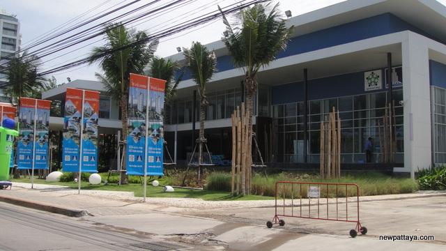 Lumpini Park Beach Jomtien - 5 June 2012 - newpattaya.com