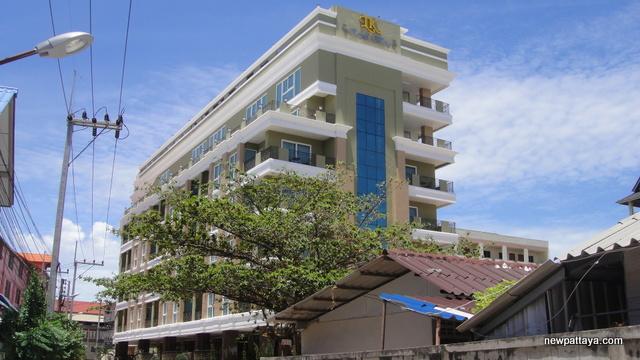 LK Royal Wing - 26 June 2012 - newpattaya.com