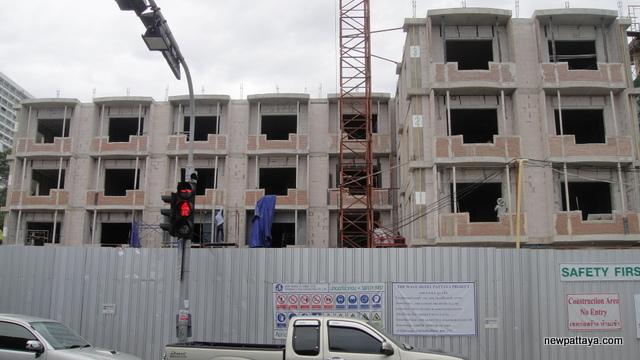 The Wave Hotel Pattaya - 24 July 2012 - newpattaya.com