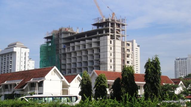 Discovery Beach Hotel Pattaya - 27 September 2012 - newpattaya.com