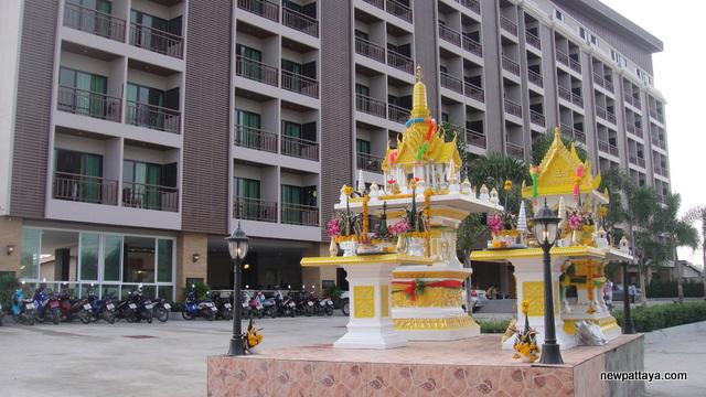 Ramanya Resort - 3 December 2012 - newpattaya.com