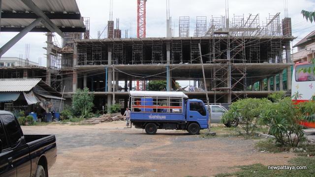 Hotel J Pattaya Second Phase - 27 June 2012 - newpattaya.com