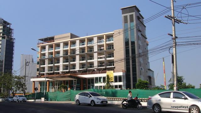 Balihai Bay Hotel - 6 January 2015 - newpattaya.com