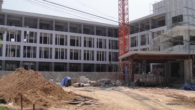 Hotel J Pattaya Second Phase - 2 November 2012 - newpattaya.com