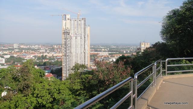 Unixx Condominium Pratumnak - 28 April 2015 - newpattaya.com