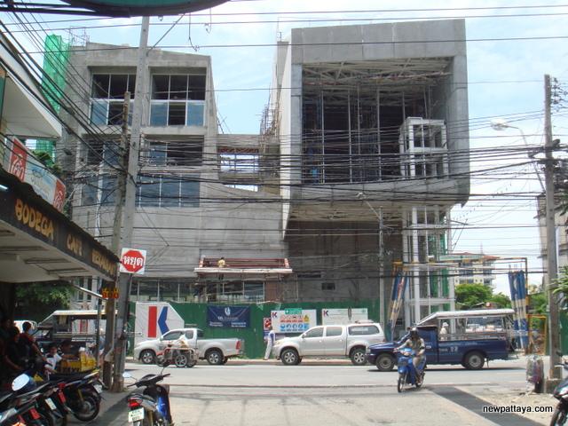 Dusit D2 Baraquda Pattaya Hotel - 14 May 2008 - newpattaya.com