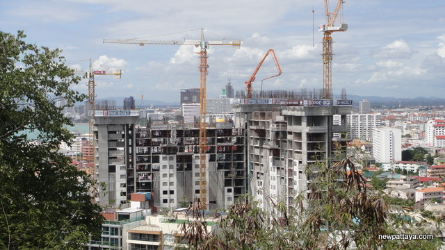 Unixx Condominium Pratumnak - 8 August 2014 - newpattaya.com