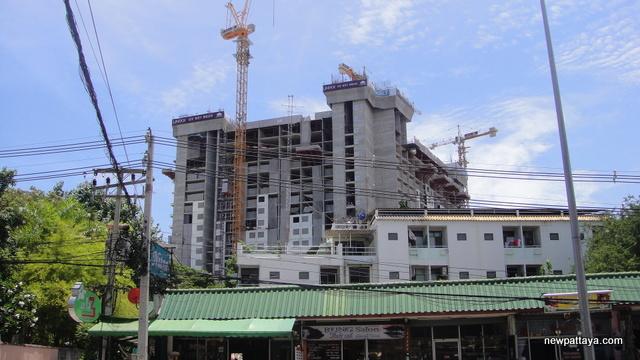 Unixx Condominium Pratumnak - 10 August 2014 - newpattaya.com