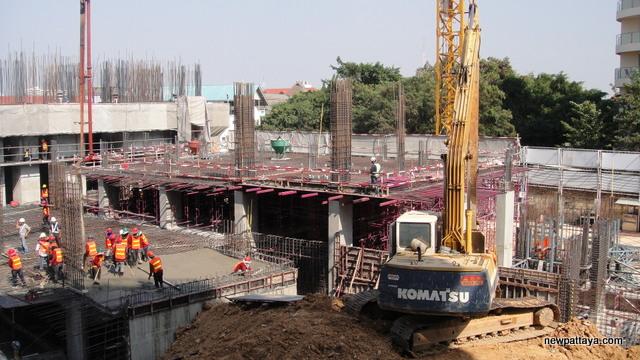 Unixx Condominium Pratumnak - 10 January 2014 - newpattaya.com