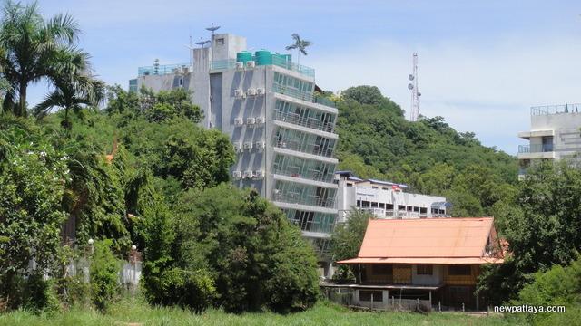 Park Royal 1 - Architect Mario Kleff - 23 August 2012 - newpattaya.com