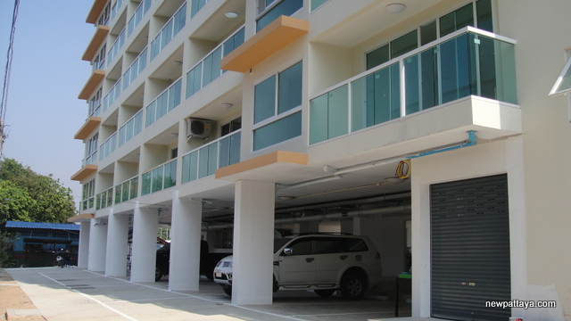 Bang Saray Beach Condominium - 23 December 2013 - newpattaya.com