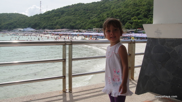 Ta Waen Beach - 11 September 2012 - newpattaya.com