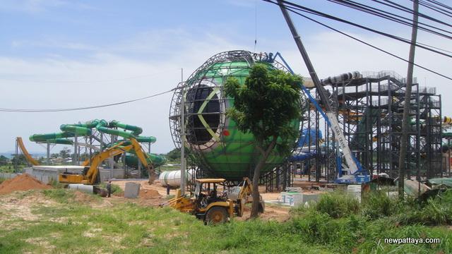 Cartoon Network Amazone Water Park - 7 August 2013 - newpattaya.com
