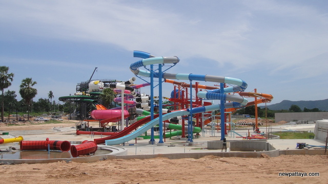 Cartoon Network Amazone Water Park - 7 August 2013 - newpattaya.com