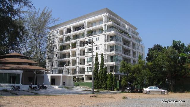 Pine Shores Condominium Jomtien Beach - 8 December 2012 - newpattaya.com
