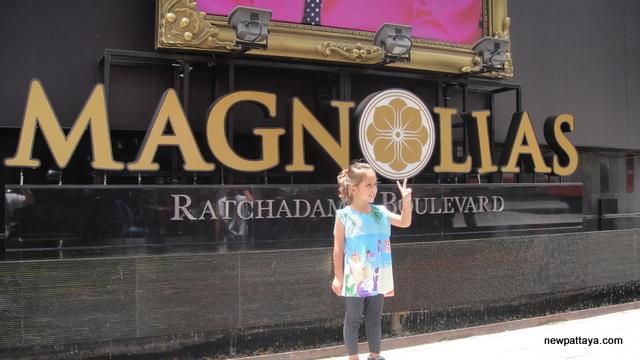 Magnolias Ratchadamri Boulevard - 17 July 2014 - newpattaya.com