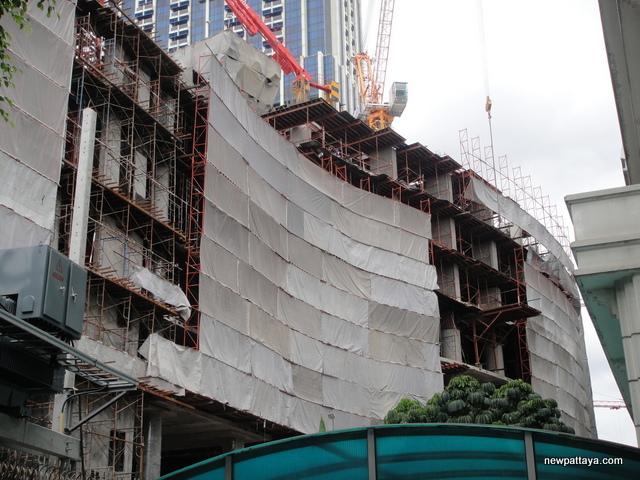 Magnolias Ratchadamri Boulevard - 30 August 2014 - newpattaya.com
